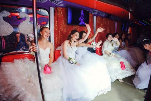 3 ri 3404 - Прокат автобусов на свадьбу