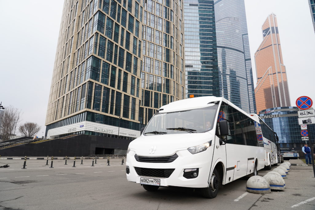 GLZ05469 1024x683 - Аренда микроавтобуса с водителем в Москве