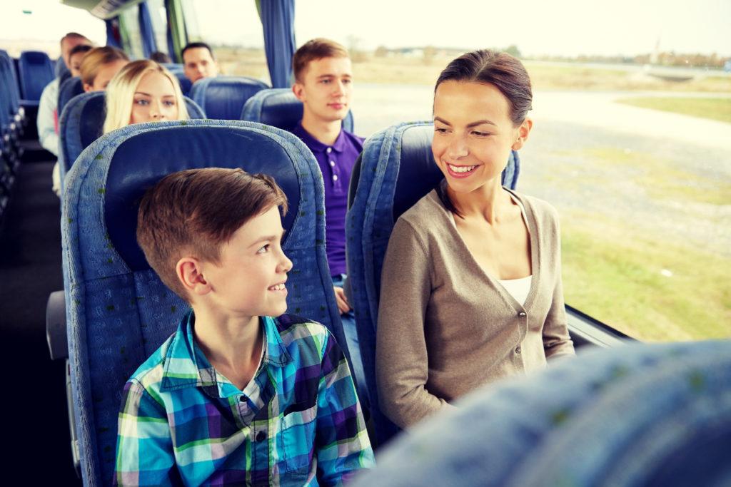 Golden Limo Motor Coach Tour 1024x683 - Самостоятельные экскурсии по Москве на автобусе