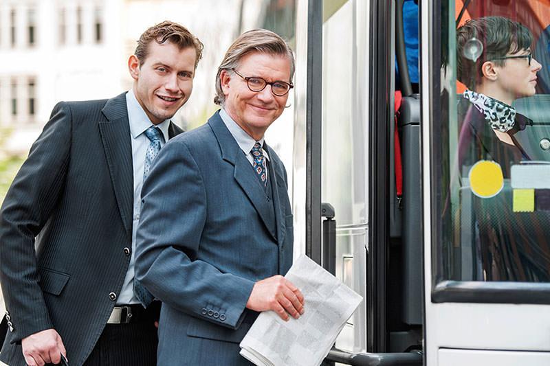 corporate travel 1 - Автобусом, на любимую работу, с РБА!